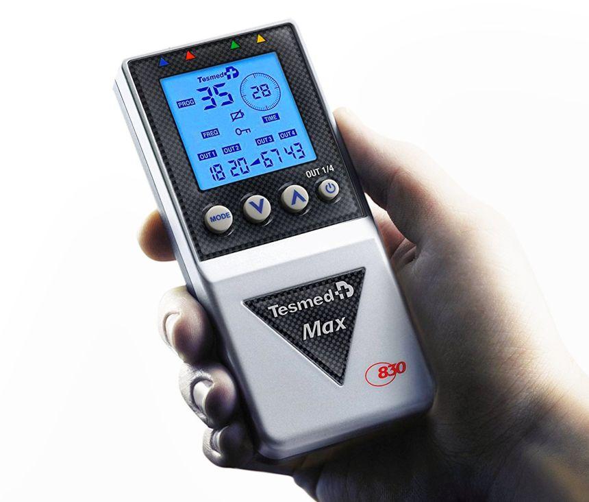 Compatto e potente: l'elettrostimolatore professionale Tesmed MAX 830 vi aiuterà a trattare dolori muscolari tanto quanto rassodare o rinvigorire muscolature affaticate